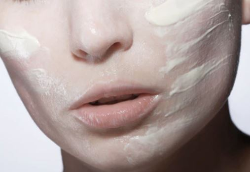 Skincare Afficionados Swear by the Effectiveness of These 6 Facial Scrubs